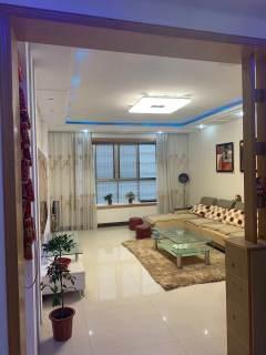 4室2厅2卫48万164m²出售